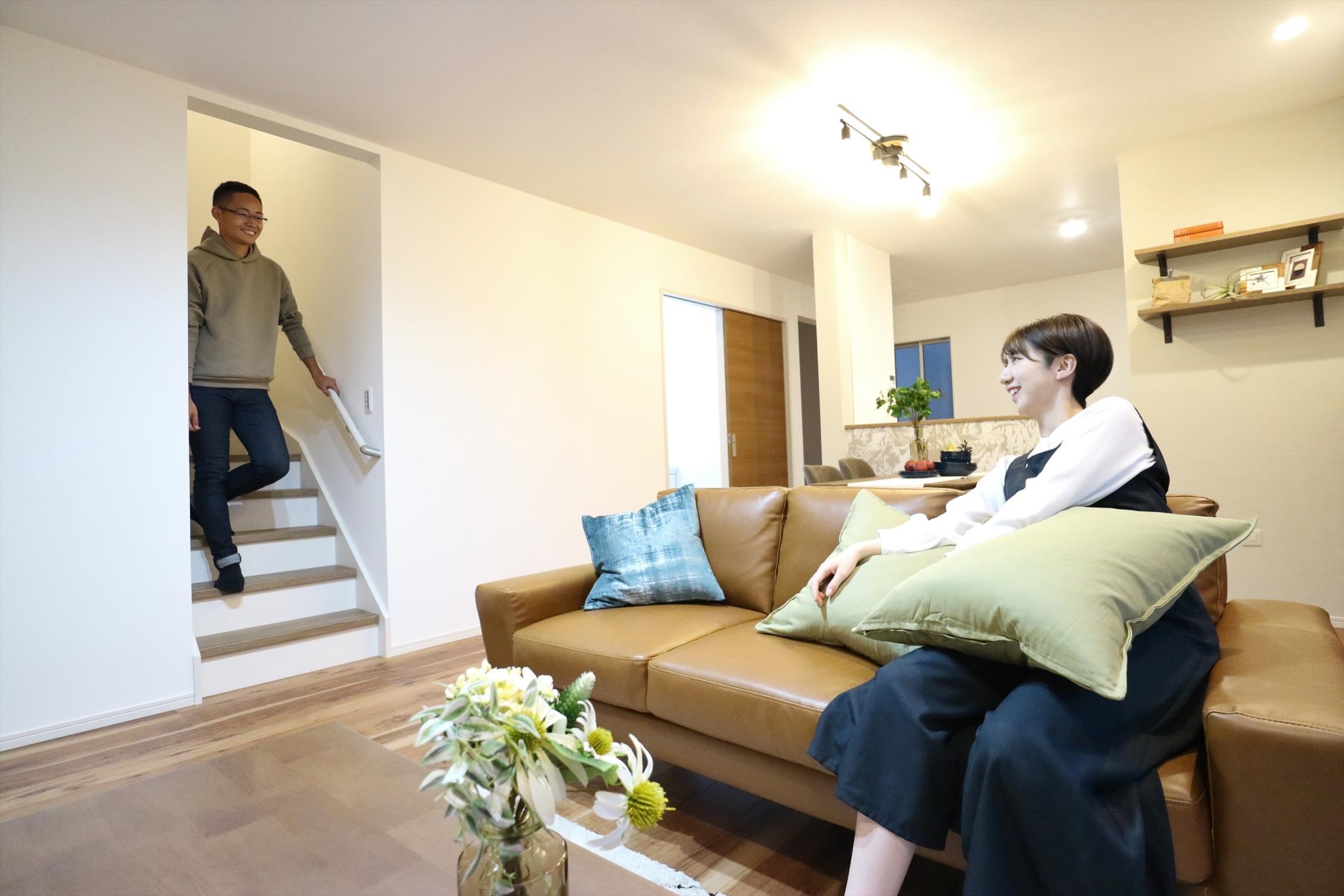 リビングアクセス階段プラン採用!こちらのプランは必ずリビングに皆が顔を合わせる仕様になっていますので、家族とのコミュニケーションがとりやすく絆が深まります。