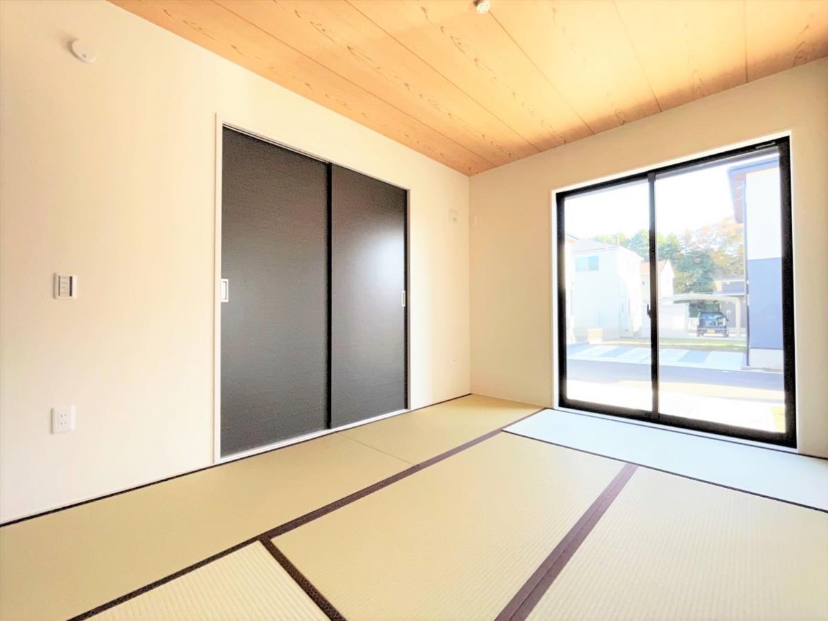 1号棟|キッチンイメージ※同仕様施工例|作業がはかどる広々カウンタースペース。会話がはずむ「オープンキッチン」なので家族とのコミュニケーションも活発になります。