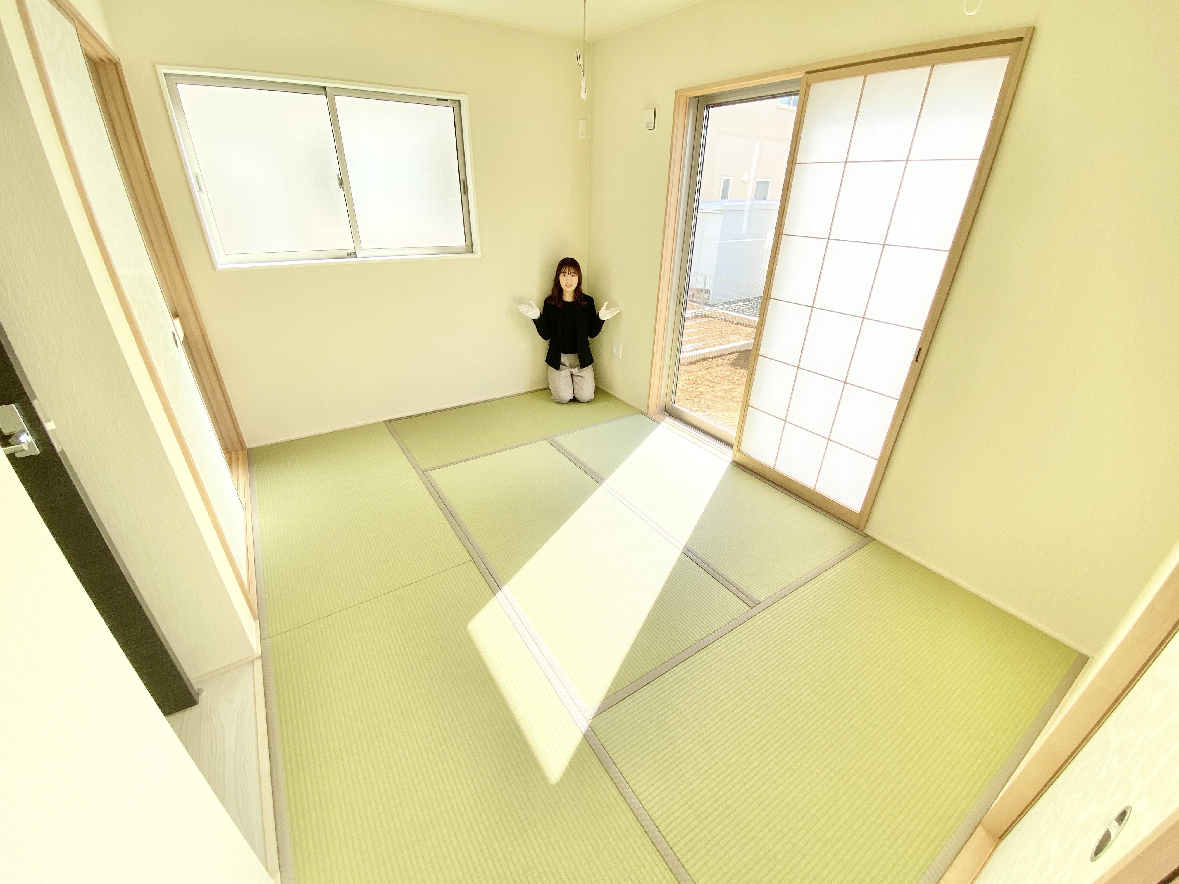陽当りの良いのんびりした落ち着きのある和室は、客間やお子様のお昼寝スペースとしても活躍します。
