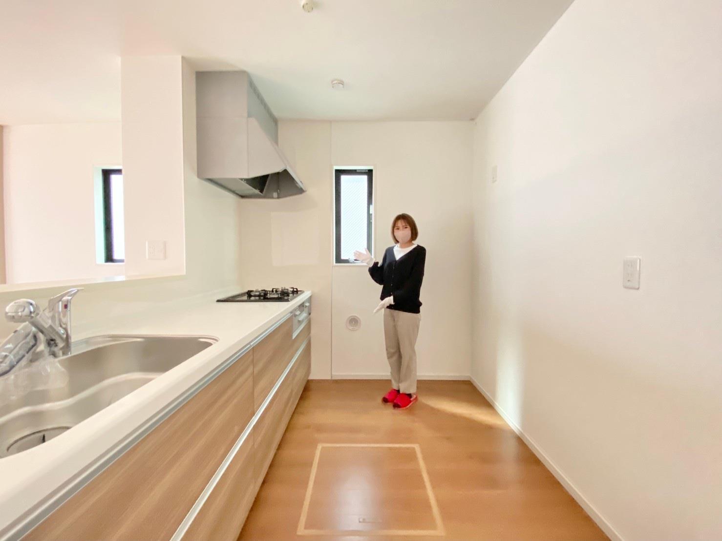 キッチン*キッチン|キッチンで家事をしていても部屋全体が見渡せる安心設計です(^^)☆