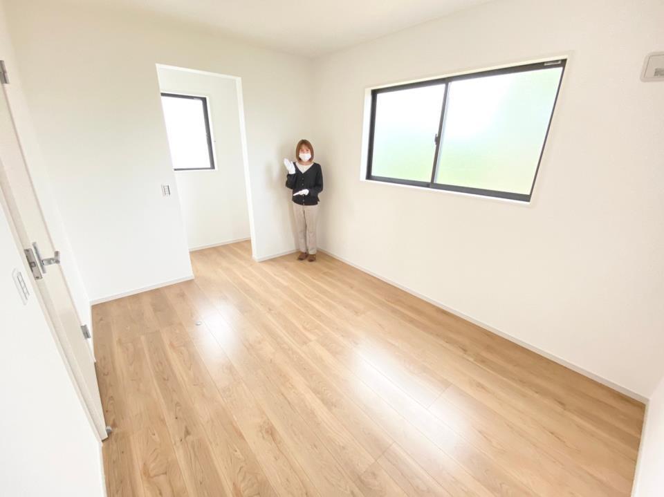 *洋室|お子さまの1人部屋にぴったりな洋室です☆各部屋に収納スペースを設けています!(2021年4月撮影)