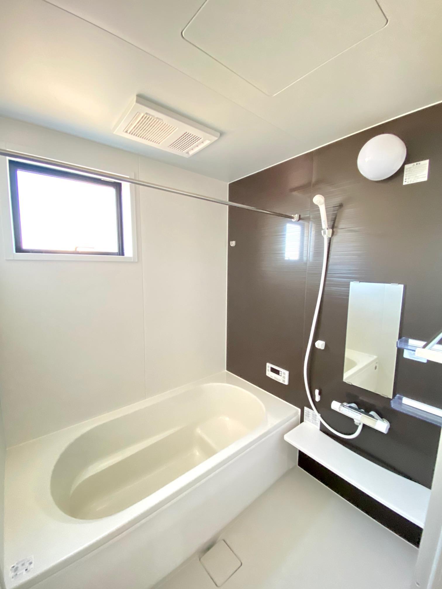 浴室*浴室|夜間や雨の日に大活躍の浴室乾燥機付きです☆/(2020年12月)撮影