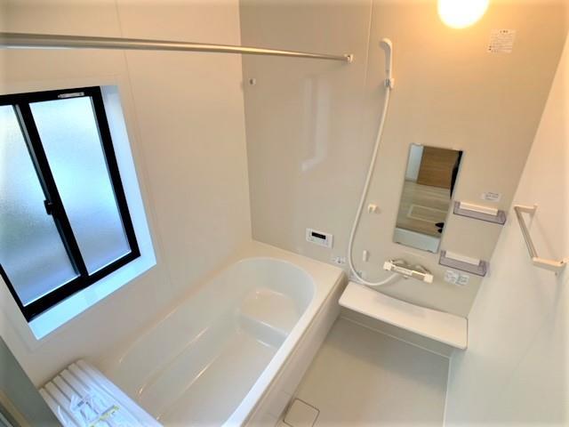 1坪の広さでゆったりくつろげる浴室はお子様とのコミュニケーションの場にもなります。