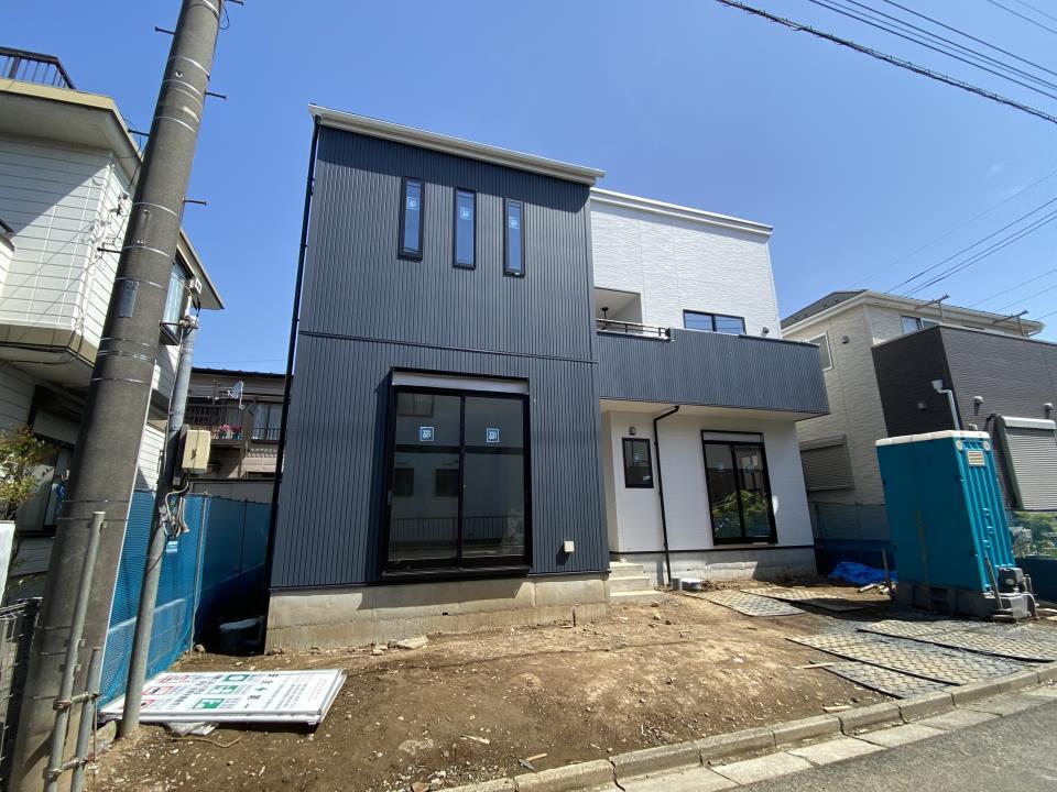 1号棟・現地写真  ◆現地は、静かで暮らしやすい、低層住宅街♪小中学校、商業移設も近く、生活安心の住環境が揃っています。