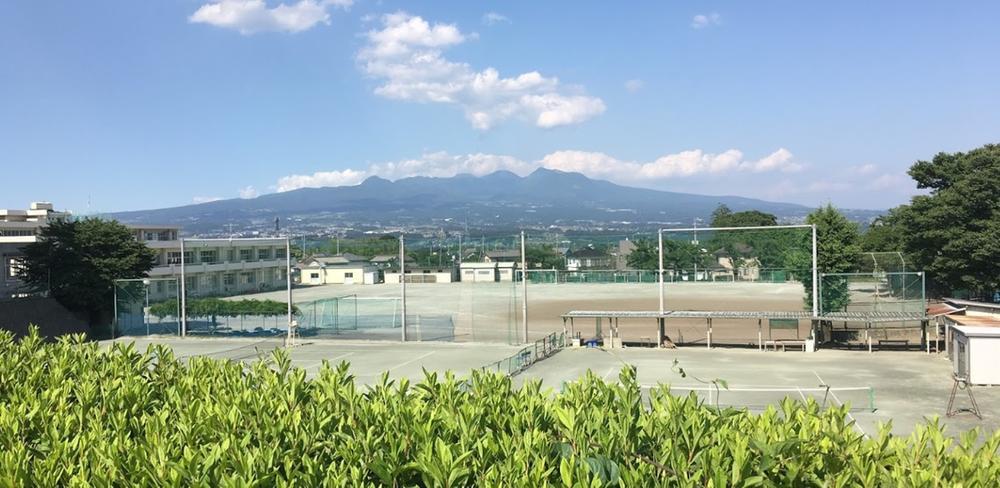 吉岡中学校(吉岡中学校まで1500m)