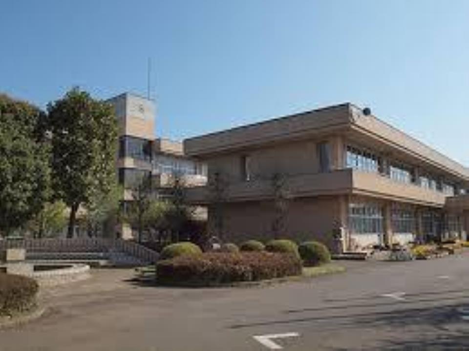 豊里中学校 豊里中学校 約1.4km 徒歩18分 /1400m