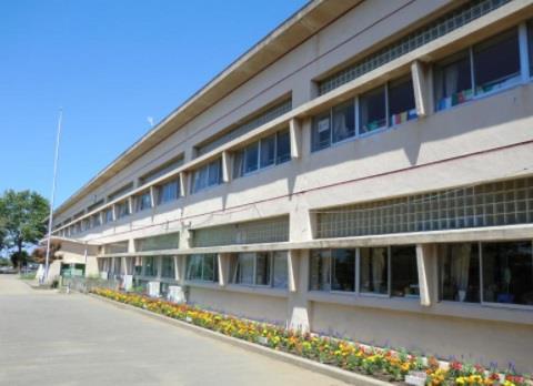 那珂湊第三小学校(*那珂湊第三小学校まで約450m(徒歩6分))