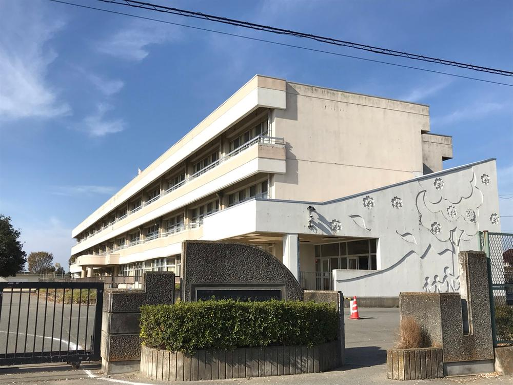 伊勢崎市立あずま北小学校(伊勢崎市立あずま北小学校まで1351m)