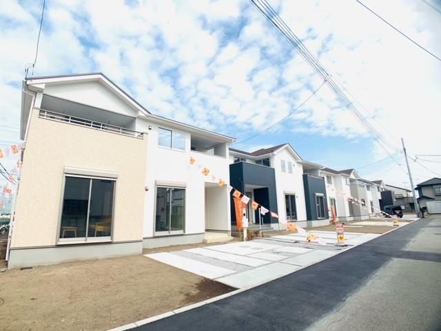 1号棟|駐車スペース2台+お庭も広く取れています。閑静な住宅街でゆっくり過ごせる立地です。