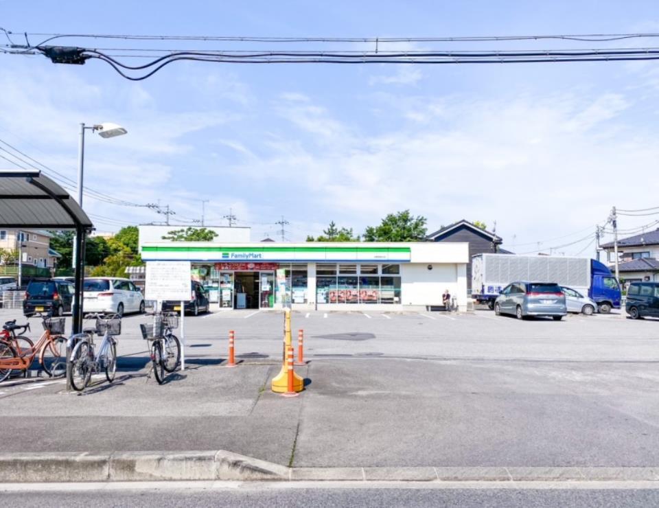 ファミリーマート 宇都宮野沢店  /400m
