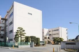 坂戸市立坂戸中学校(徒歩17分)